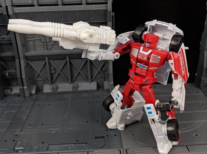 TF Combiner Wars First Aid Car Cannon 3d printed Used in Robot Mode