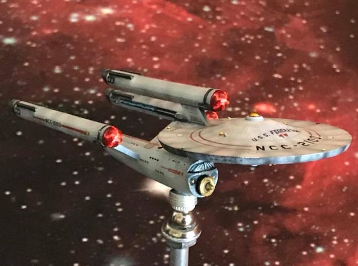 3125 Scale Franz Joseph Federation Dreadnought WEM 3d printed Ship is in Smooth Fine Detail Plastic and painted by a fan. Stand not included.