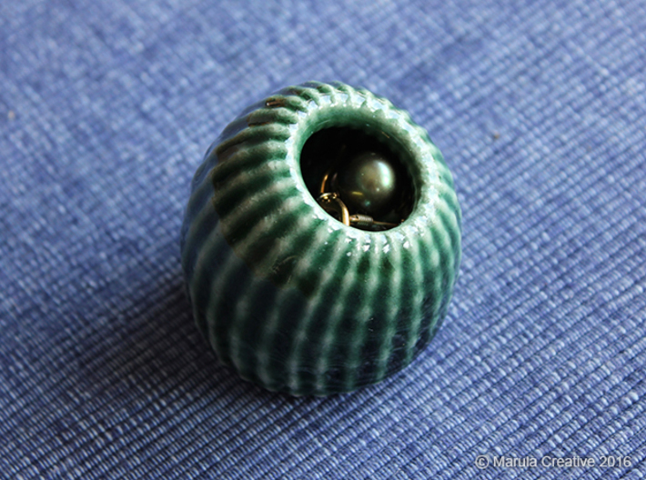 Brain Coral: Jewellery 3d printed Gloss Oribe Green Porcelain with jewellery