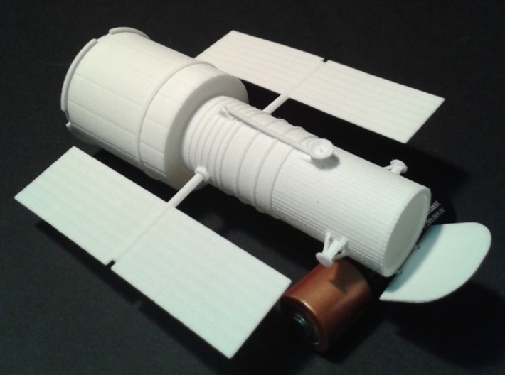 012B Hubble Space Telescope 1/144 3d printed