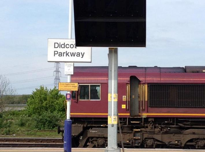 A-02M Modern DOO CCTV Monitors 3d printed A 6 Screen DOO Monitor at Didcot, on which the model is built