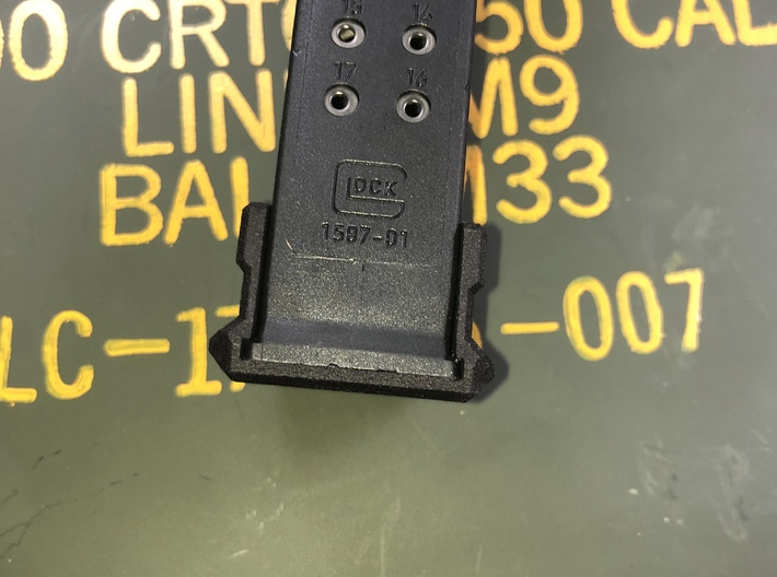 Magazine base plate for Glock 19 on Glock 17 Mag 3d printed