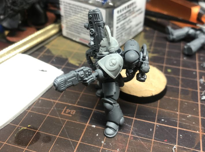MK Galaxy Papa Blue Sergeant Shoulder 3d printed