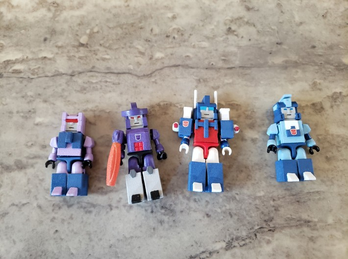 Heads for Terrorcon Kreons (Set 2 of 2) 3d printed Example of how heads, vests, legs are added to Kreons