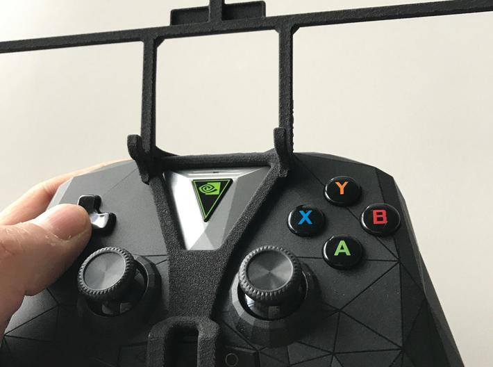 NVIDIA SHIELD 2017 controller & Honor Play 3 - Fro 3d printed SHIELD 2017 - Front rider - barebones