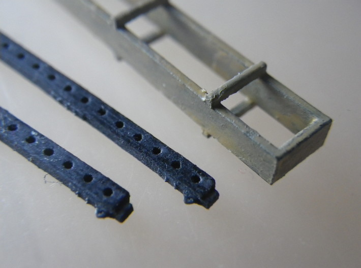 GWR G27 Loriot W 3d printed The crate and girders