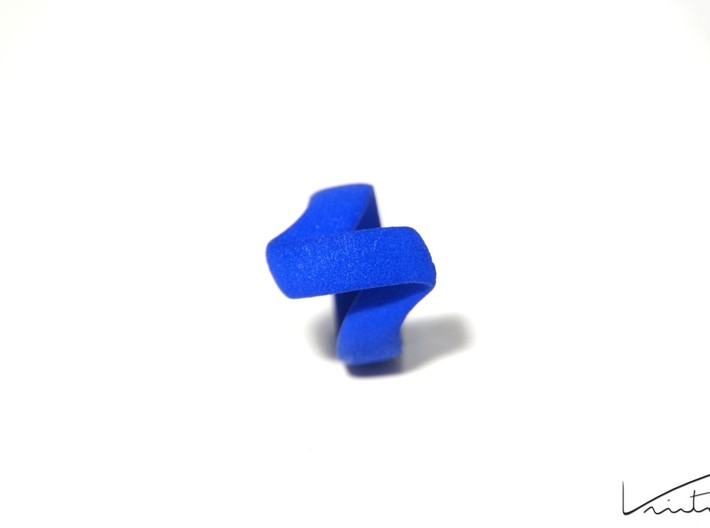 Twist Parallel ring 3d printed Blue Strong & Flexible