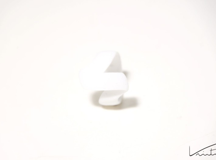 Twist Parallel ring 3d printed White Strong & Flexible