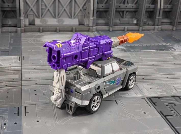 TF Combiner Wars Truck Cannon Adapter Set 3d printed Create a 5mm peg for mounting weapons