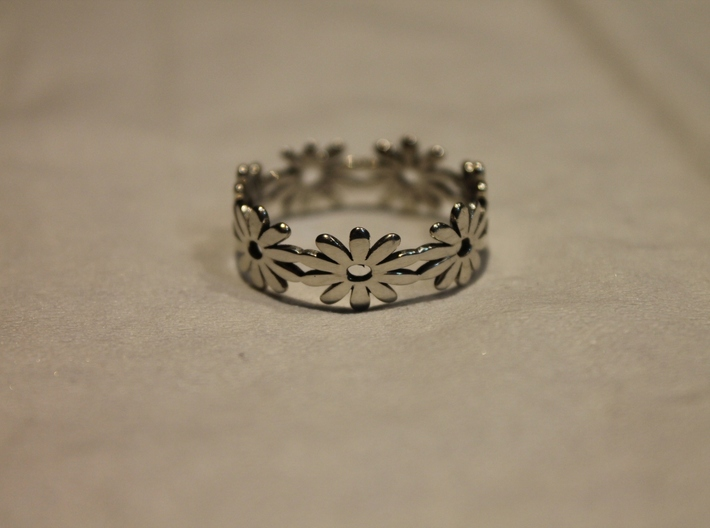 Daisy Ring Size 7.5 3d printed