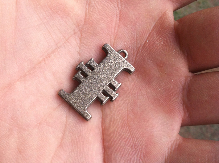 Warhammer 40K Inquisitorial Pendant 3d printed My hand, for scale (Stainless steel)