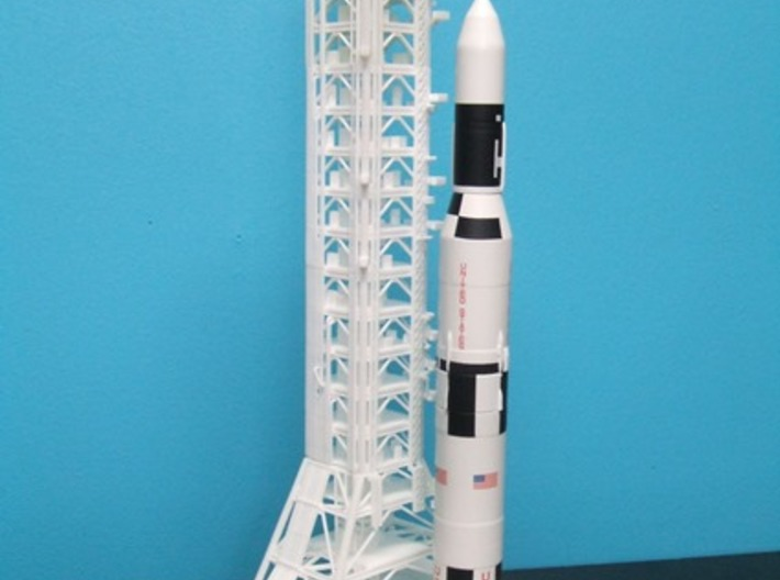 1/400 NASA LUT levels 13-18 Launch Umbilical Tower 3d printed A customers unfinishe model with Saturn V Skylab & MLP.