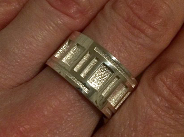 Turbine-E Ring - Size 8.75 3d printed Polished Silver