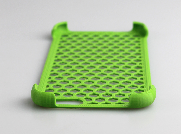 iPhone 6 shell Honeycomb 3d printed printed by me.