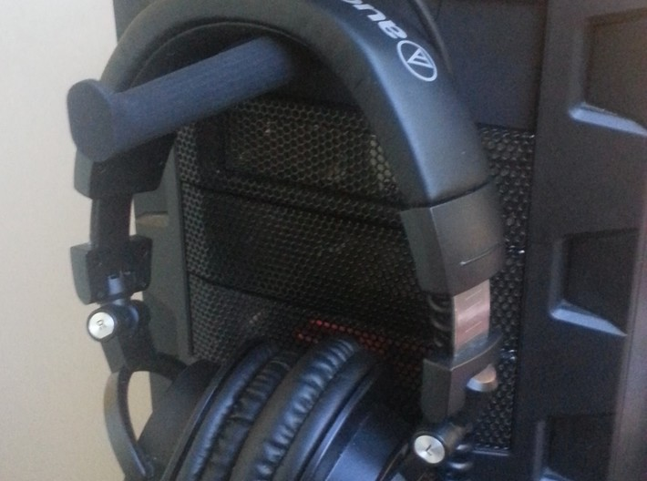 """PC 5.25"""" Bay Drive Headphone Hook 3d printed Installed and working"""