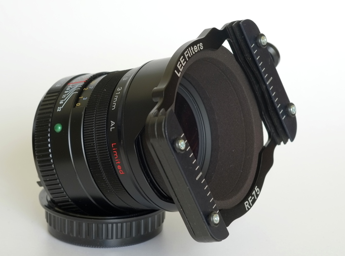 Pentax 31mm Adapter Lee Seven5 3d printed Of course the adapter comes without the lens and the filter holder :)