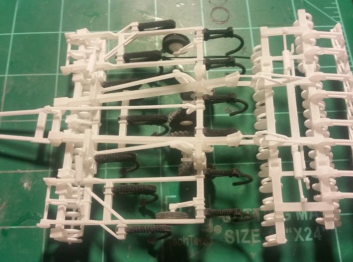 1/64 Dominator #7 Cylinders and Axle frame 3d printed