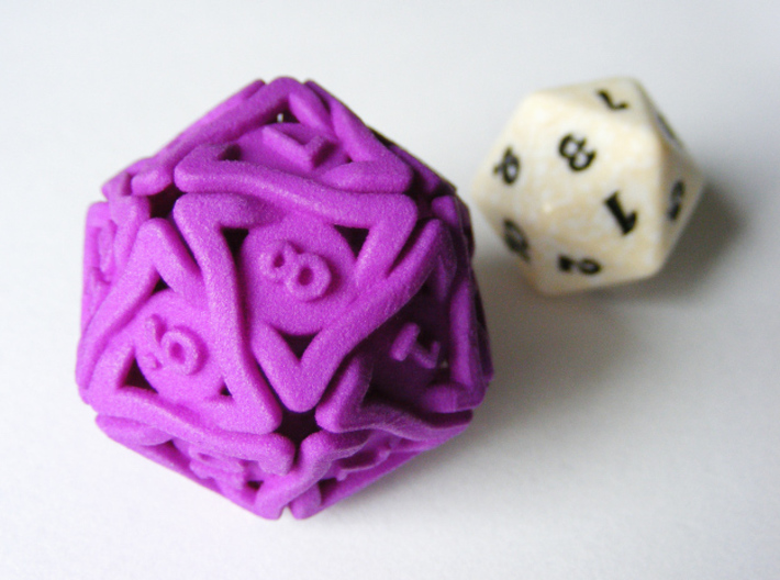 'Twined' Dice D20 MTG Spindown Life Counter Die 32 3d printed Size comparison with a regular MTG spindown Life Counter