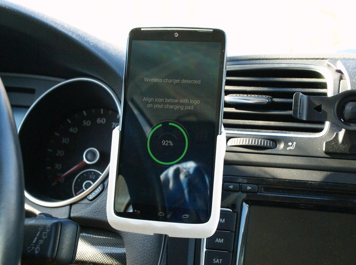 Motorola Droid Turbo - Qi Wireless Car Charge Dock 3d printed With Droid Turbo