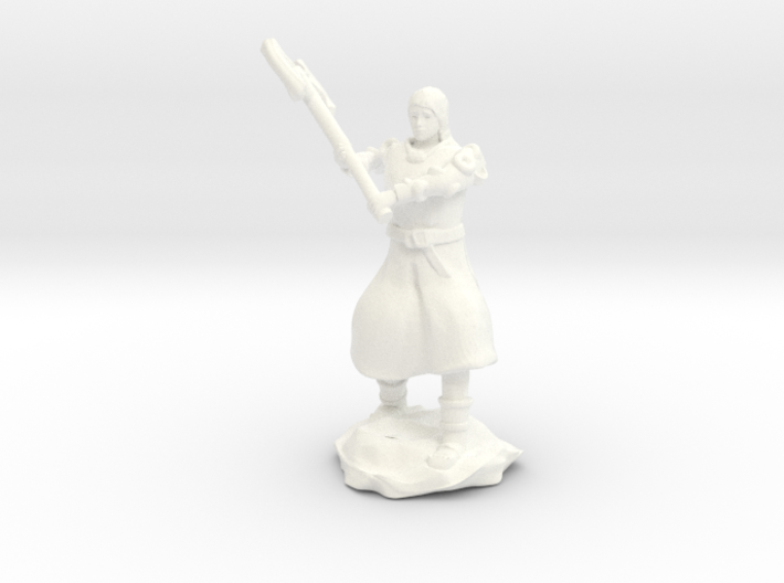 Human Fighter Noblewoman with Greataxe & Chainmail 3d printed