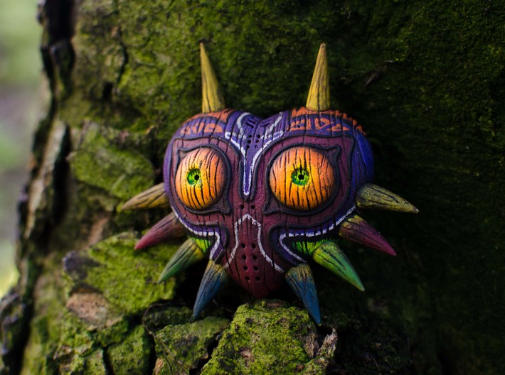 Majora's Mask HD model with Woodgrain detail 3d printed This model was made in our In-house FDM. we also painted it to show what can be acheived.