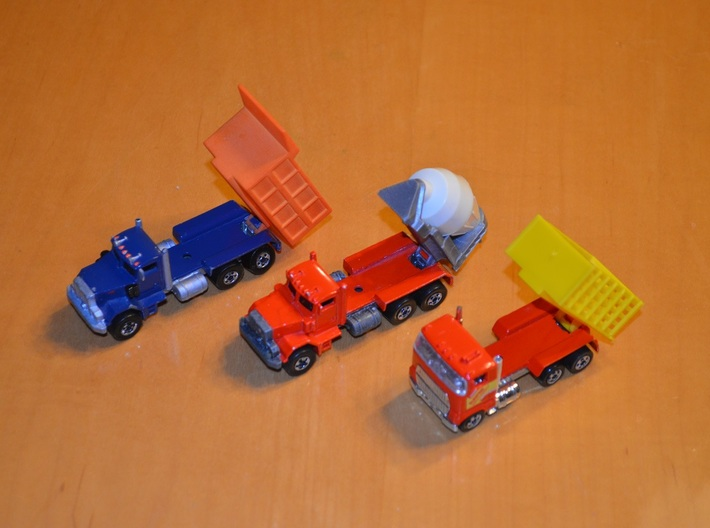 Hotwheels Mack Truck Dumpbed V2.0 3d printed This images shows the attachment method for the Hotwheels.