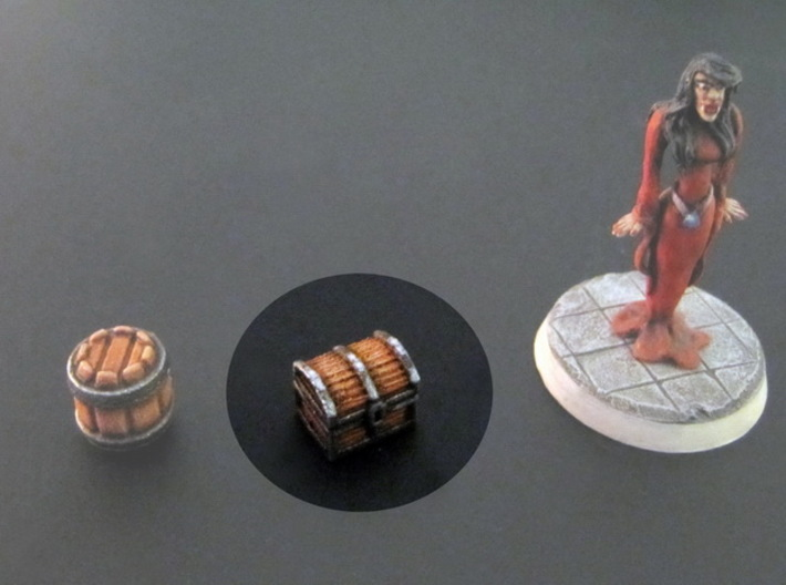 Chests 10x8x8mm (10pcs) 3d printed White Plastic, hand-painted. 28mm mini on the right, for scale.