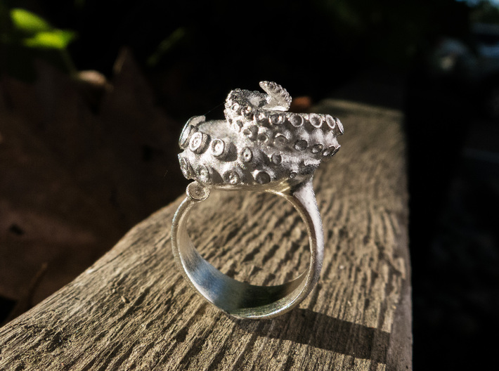 Octopus Ring 3d printed Octopus Ring in Raw silver