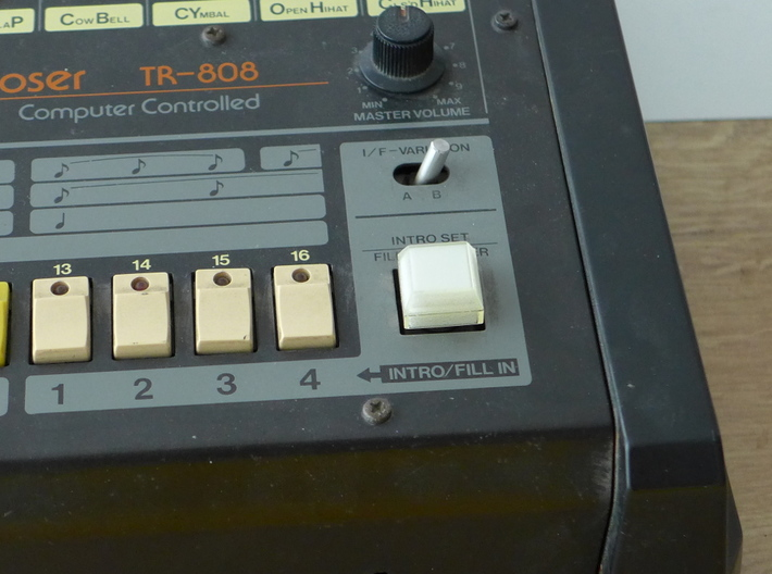 Cover for my Roland TR 808 TAP Cap 3d printed Button not included!