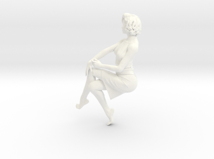 Lady sitting-026 scale 1/24 Passed 3d printed