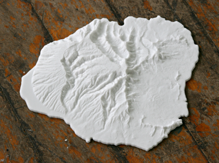 Kaua'i, 19'' - Navigator Series 3d printed Photo of much smaller 6'' model. This 19'' model has *much* more detail and is a true 1:1:1 scale model of the island.