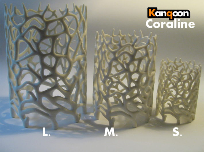 Coraline L.   -  16 cm / 6,3 inch high 3d printed Other Sizes: Coraline S. / Coraline M. / Coraline L. printed in Sandstone